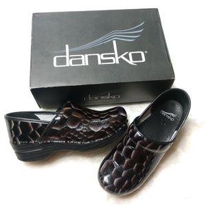 Dansko Professional Tiger's Eye Onyx Clogs